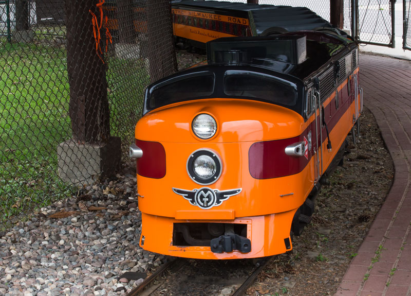 Marathon Park Train